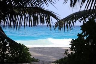 Le Seychelles riaprono ai turisti ma solo se vaccinati covid