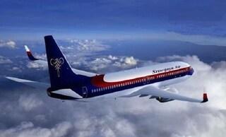 """Indonesia, volo Sriwijaya Air sparisce dai radar con 62 persone a bordo. """"È caduto in mare"""""""