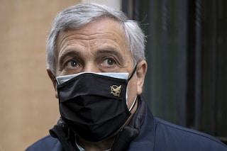 """""""Una famiglia senza figli non esiste"""": Tajani nella bufera, poi si scusa"""