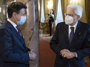 Crisi di governo, Conte sale al Quirinale per un colloquio con Mattarella