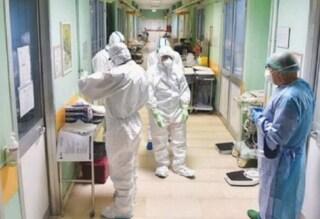 Famiglia devastata dal Coronavirus: morti padre, madre e figlio. Paternò sotto choc