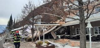 """Frana a Bolzano sull'albergo Eberle: """"Parzialmente distrutto, si temono persone coinvolte"""""""