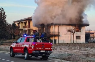 Padova, esplosione poi incendio in una casa: morte due persone