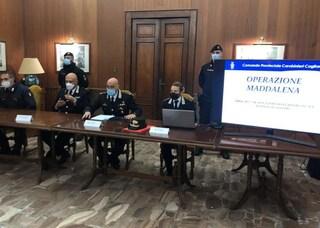 Assalti a portavalori e caveau, droga e armi: maxi operazione a Cagliari, 32 arresti