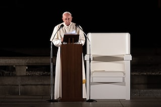 """Papa Francesco: """"Vaccinarsi è un dovere etico. Il negazionismo è suicida"""""""