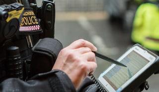 Pulizia dei Pc della polizia finisce male: in Uk cancellati 400mila dati su criminali e sospetti