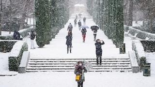 Maltempo in Spagna, Madrid nel caos: la peggior nevicata degli ultimi 50 anni