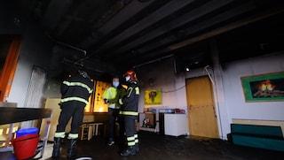 Palermo, si lavora per la riapertura dell'asilo incendiato da 3 ragazzini di 14 anni
