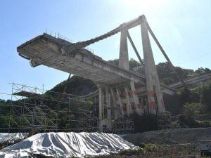 """Ponte Morandi, """"corroso il 99% dei cavi nello strallo che ha causato il crollo"""""""