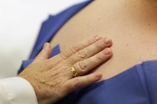 """""""È solo una verruca"""", ma era un tumore maligno: curata con crema solare, muore nel giro di due anni"""