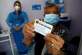 Perché il vero modello da seguire per la somministrazione dei vaccini Covid è il Cile