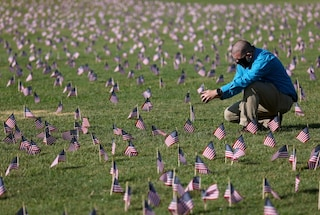 Negli Stati Uniti 500mila persone sono morte per Covid dall'inizio della pandemia