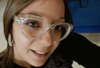 Colombe e palloncini bianchi per i funerali Piera Napoli, uccisa dal marito a Palermo