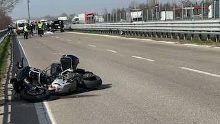 Modena, incidente sulla complanare: sbalzato dalla moto, muore carabiniere