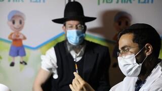 In Israele 80 persone su 100 hanno avuto una dose di vaccino: il Paese verso la riapertura
