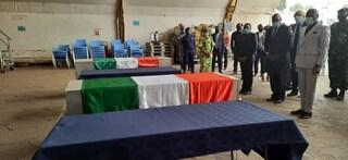 Attentato in RD Congo, stasera in Italia le salme di Attanasio e Iacovacci. Domani l'autopsia