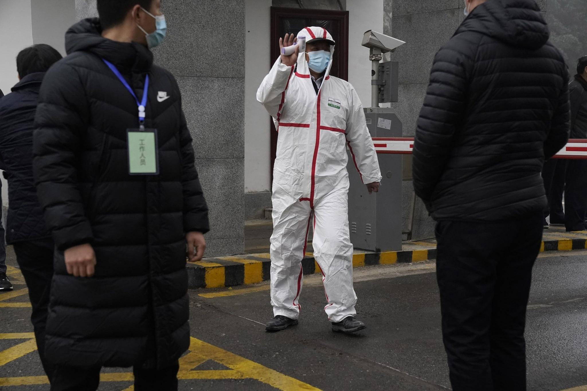Esperti Oms a Wuhan