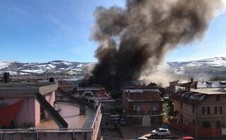 """Ascoli Piceno, incendio a Villa Sant'Antonio, sindaco di Castel di Lama: """"Tenete le finestre chiuse"""""""