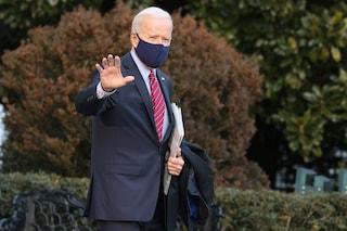 """In Usa Governatori riaprono tutto e stop a mascherine, Biden attacca: """"Ragionamenti da Neanderthal"""""""
