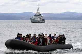 I 42 migranti con cui si erano persi i contatti sono in salvo in Tunisia. Altri 2 sbarchi in Salento