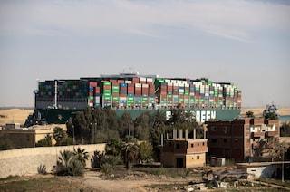 Suez, manovre errate all'origine del disastro Ever Given: ora l'equipaggio rischia l'arresto