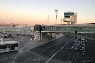 Nuova eruzione dell'Etna: aeroporto di Catania chiuso per ceneri sulla pista