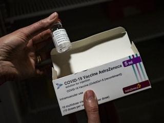 Vaccino AstraZeneca, dopo i casi di trombosi in Europa ogni Paese ha scelto una strada diversa