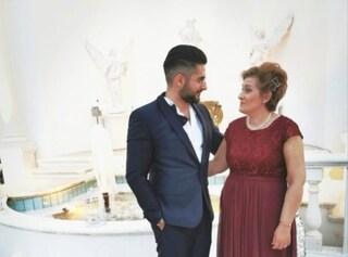 """Morta dopo contagio in ospedale Lecce, il figlio: """"Era sana, è uscita in una bara. Voglio giustizia"""""""