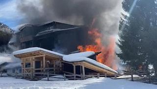 Il Ciasa Salares divorato dalle fiamme. Gravissimi danni all'hotel gioiello dell'Alta Badia