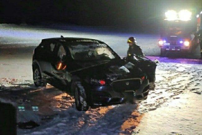 L'auto dopo l'incidente (foto dei vigili del fuoco)