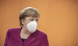 """Lockdown Germania, a Pasqua chiusi anche supermercati, Merkel: """"Situazione molto grave"""""""