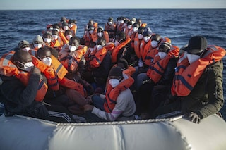Migranti, assegnato il porto di Augusta alla Sea Watch 3: aveva salvato 363 persone nel Mediterraneo