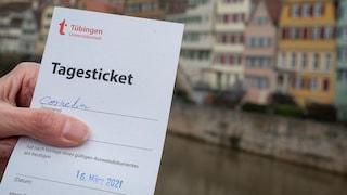 Tubinga, la città tedesca dove puoi fare quel che vuoi se hai un tampone Covid negativo