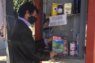 Palermo, la pensilina alla fermata dell'autobus per aiutare chi non ha niente