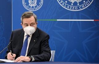"""Draghi: """"Non c'è una data per le riaperture, dipende da contagi e vaccinazione di persone a rischio"""""""