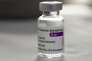 L'Unione europea fa causa ad AstraZeneca per non aver rispettato il contratto sui vaccini
