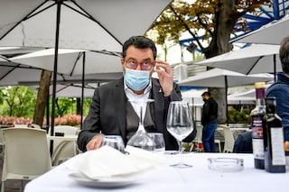Sondaggi politici, la battaglia per le riaperture premia Salvini: Lega al 21,8% stacca il Pd