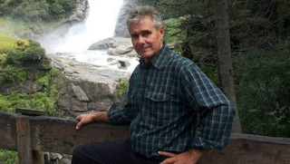Cucina la pasta condita con una pianta di montagna, 62enne muore avvelenato