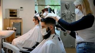Green Pass e controlli sul lavoro, linee guida per parrucchieri, tassisti e autonomi nel nuovo Dpcm