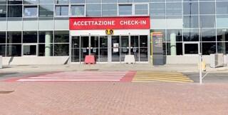 Bologna, aeroporto deserto il giovedì prima di Pasqua: le partenze crollano del 90%