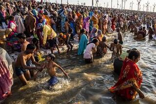 Variante indiana in Italia, padre e figlia positivi in Veneto dopo un pellegrinaggio sul Gange