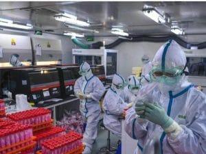 I vaccini contro il Covid in vendita su Telegram: dai 155 euro per una dose fino a 20.000 euro