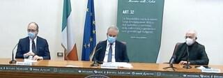 Perché l'Italia ha deciso di vaccinare con Astrazeneca solo gli over 60