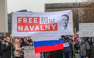 """Navalny sta morendo, disperato appello della figlia: """"Portatelo da un medico"""""""
