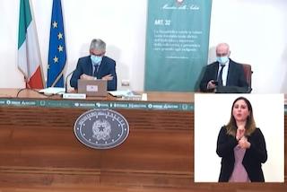 Per l'Iss in Italia calano casi Covid e ricoveri, con riaperture cruciale il rispetto delle regole