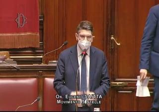 M5S chiede al ministro Franco di intervenire su Durigon, sfiorata la rissa alla Camera