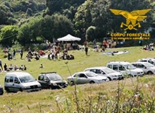 Festa di negazionisti del Covid nel Sassarese: trovate 130 persone ammassate senza mascherina