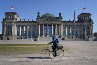Aumento dei contagi Covid e rischio ricoveri in inverno: le previsioni degli esperti tedeschi