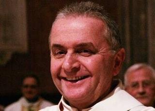 """Fiorenzuola, don Giuseppe si autodenuncia: """"Multati 12 musulmani? Ora sanzionate anche me"""""""