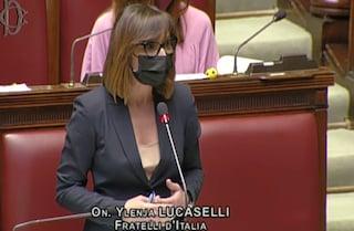 """Per Lucaselli (FdI) il 25 aprile è una """"farsa"""": """"Festeggiamo la Liberazione e poi viviamo chiusi"""""""